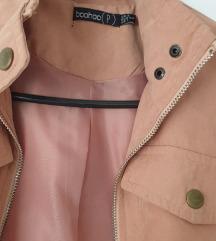 boohoo kratka roza jaknica