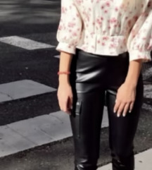 Zara kožne hlače i bluza