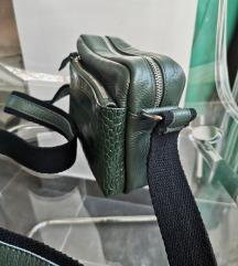 Zelena torbica - prava koža