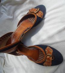 Laura Ferrini cipele