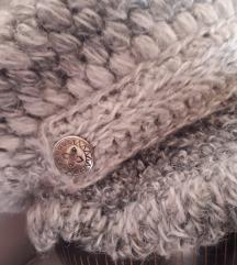 Čupava zimska kapa-šilterica