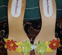 Sandale sa cviječem