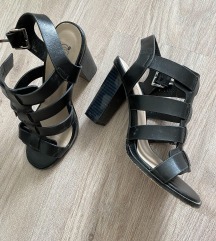 Urban crne sandale