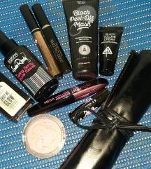 Crni lot kozmetike