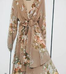 Leprsava haljina, srednje duljine