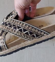 Nove papuce 38 -SNIZENO %%%