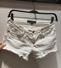 Juicy Jean Couture kratke bijele hlače