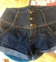 Naf naf kratke hlačice 34