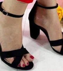 Sandale crne nove 38