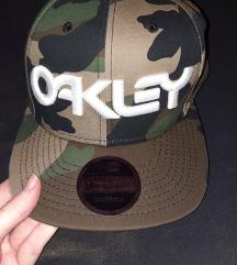 Oakley - New Era šilterica
