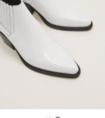 Nove mango kozne cizme