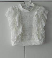 Bijela crop bluzica