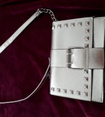 Primark  srebrna torbica