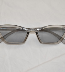 Prozirne mačkaste naočale