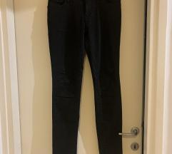 Crne hlače Zara