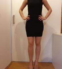 Kratka crna čipkasta haljina
