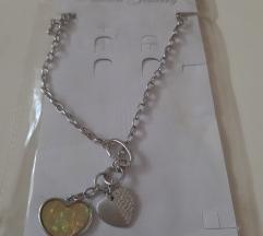 Nova ogrlica dva srca