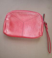 Crvena novčanik torbica