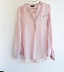 Ukupno 5 bluza