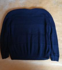 Lot tri pulovera
