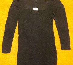 Crna mini haljina za doček