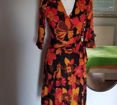 Nova cvijetna haljina s ušivenim preklopom