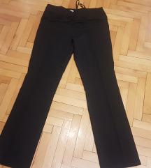 prekrasne crne hlače vel 40