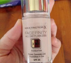 Max Factor Facefinity puder