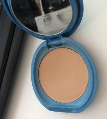 Shiseido kompaktni puder Light Ivory