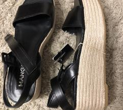Nove sandale Mango