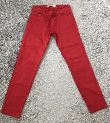 Zara crvene traperice (pt uklj)