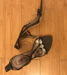 Sandale br 37