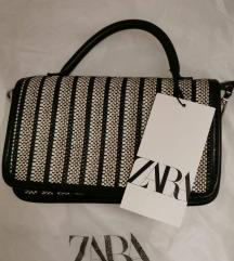 Zara, s etiketom
