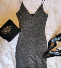 Srebrna šljokičasta haljinica za izlaske
