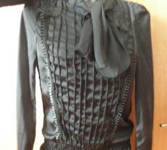 exkluzivna crna bluza