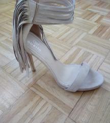 Bež sandale s resama