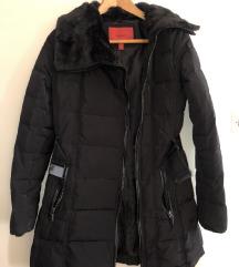 MANGO crna jakna