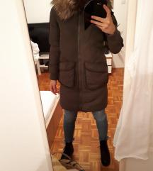 Duga jakna s krznom parka