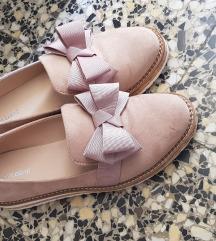 Roza cipele s mašnicama
