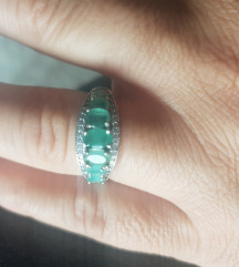 prsten pravo srebro i smaragdi 18mm