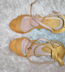 Cipele blok peta