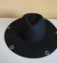 Mango vuneni šešir