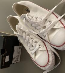 *CONVERSE* bijele STARKE original  DANAS 250 kn!!