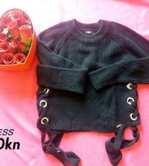 GUESS pulover/vesta 100kn!!!!