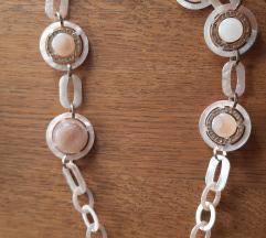 Bogata roza ogrlica duga%