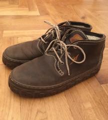 cipele smeđe