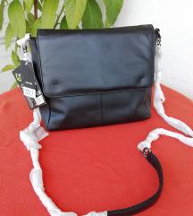 NOVO Esmara crna prava kožna torba