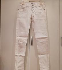 Terranova bijele hlače XS/S