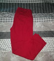 Crvene hlače nove