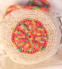 NOVA heklana bijelo-šarena torbica